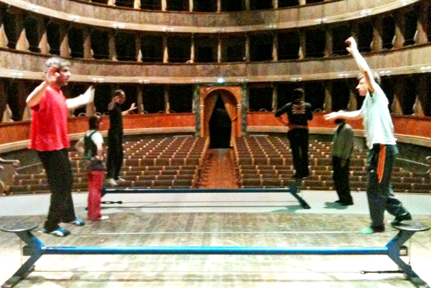 VISIONI DI TEATRO E CIRCO 2013 | visite guidate e laboratori circo-teatro gratuiti per ragazzi e adulti | 26 e 27 settembre | Bergamo - Teatro Sociale